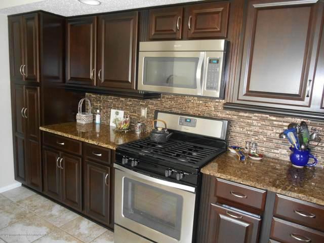 16 Deer Run Lane, Brick, NJ 08724 (MLS #22029348) :: The CG Group | RE/MAX Real Estate, LTD