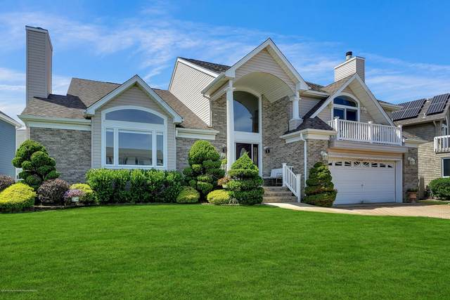3318 Long Point Drive, Toms River, NJ 08753 (MLS #22029396) :: William Hagan Group