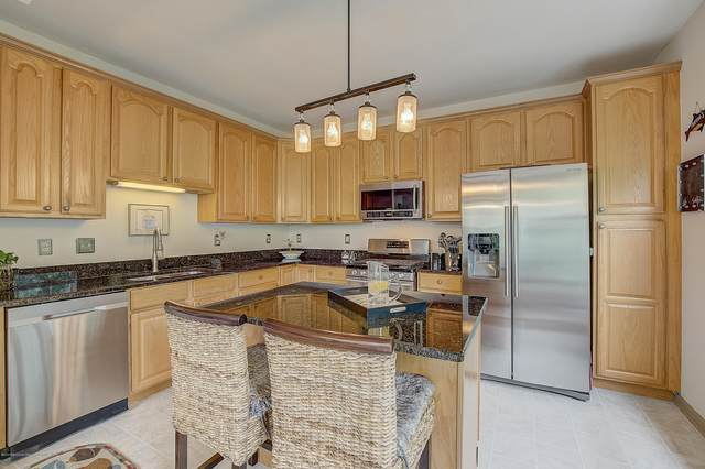570 St Andrews Place, Manalapan, NJ 07726 (MLS #22029438) :: The CG Group | RE/MAX Real Estate, LTD
