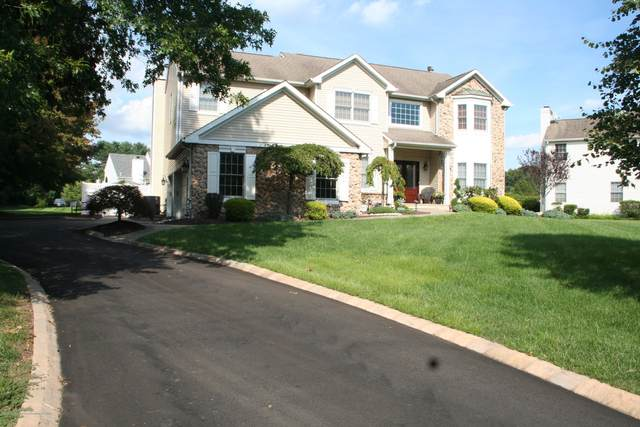 2 Alyssa Lane, Manalapan, NJ 07726 (MLS #22029551) :: The CG Group | RE/MAX Real Estate, LTD
