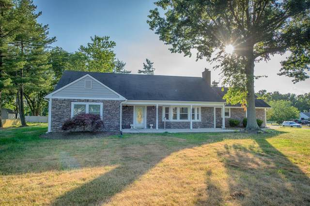 79 Stillwells Corner Road, Freehold, NJ 07728 (MLS #22030720) :: William Hagan Group
