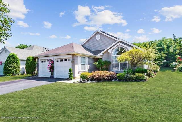 38 Ivy Hill Road, Lakewood, NJ 08701 (MLS #22031196) :: The CG Group | RE/MAX Real Estate, LTD
