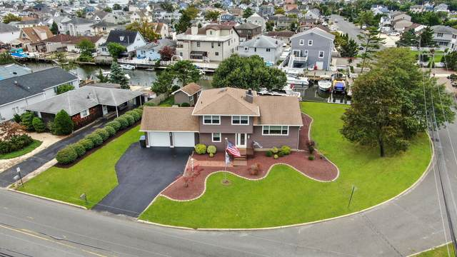 21 Green Island Road, Toms River, NJ 08753 (MLS #22031273) :: William Hagan Group