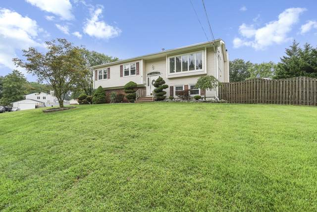 31 Chestnut Drive, Matawan, NJ 07747 (MLS #22031337) :: The Sikora Group