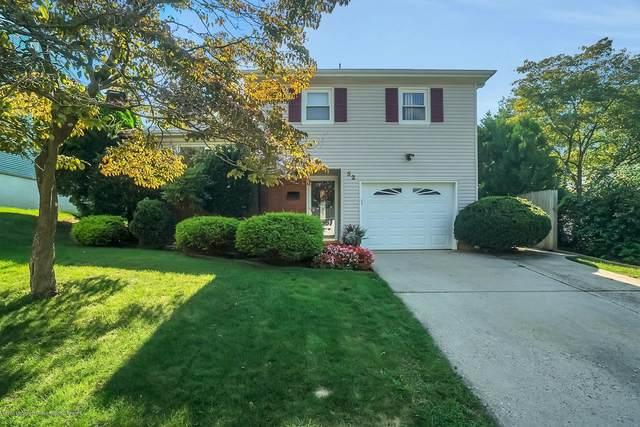 52 Walnut Avenue, Middletown, NJ 07748 (MLS #22031794) :: The MEEHAN Group of RE/MAX New Beginnings Realty