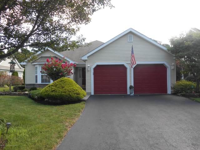 7 Wellington Lane, Lakewood, NJ 08701 (MLS #22031894) :: The CG Group | RE/MAX Real Estate, LTD