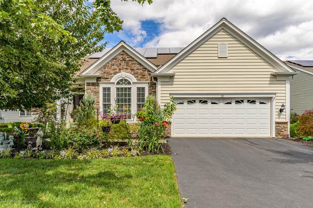 10 Fawnhollow Lane, Manchester, NJ 08759 (MLS #22031978) :: Provident Legacy Real Estate Services, LLC