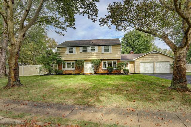 14 Hill Circle, Marlboro, NJ 07746 (MLS #22032483) :: William Hagan Group