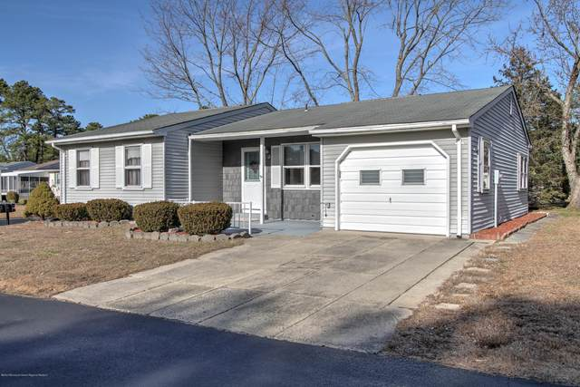 12 Orchard Drive, Whiting, NJ 08759 (MLS #22032619) :: The MEEHAN Group of RE/MAX New Beginnings Realty