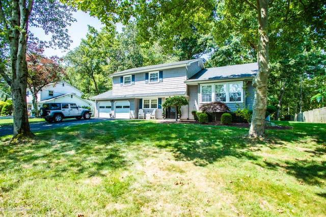 8 Robinson Road, Morganville, NJ 07751 (MLS #22032726) :: The Ventre Team