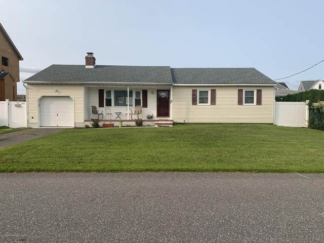 284 Maine Street, Toms River, NJ 08753 (#22032931) :: Daunno Realty Services, LLC