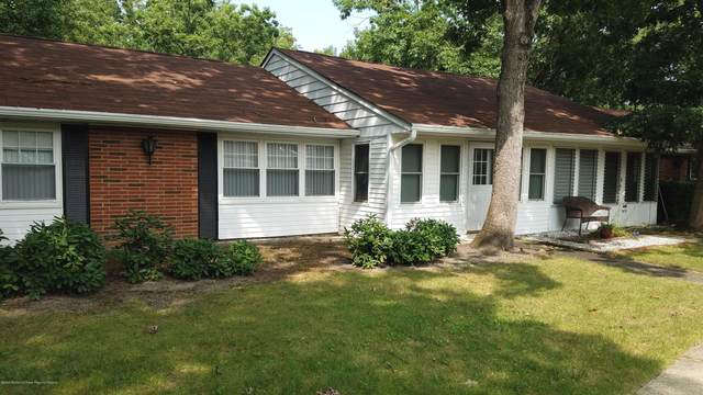 132A Farrington Court #1001, Lakewood, NJ 08701 (MLS #22033090) :: The Dekanski Home Selling Team