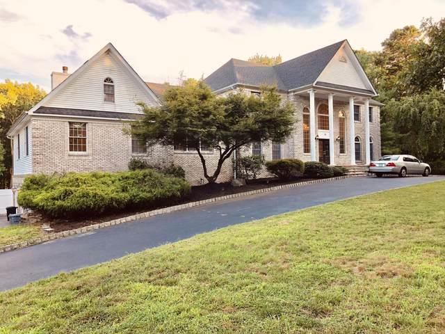 15 Lucas Lane, Millstone, NJ 08510 (MLS #22033127) :: The CG Group | RE/MAX Real Estate, LTD