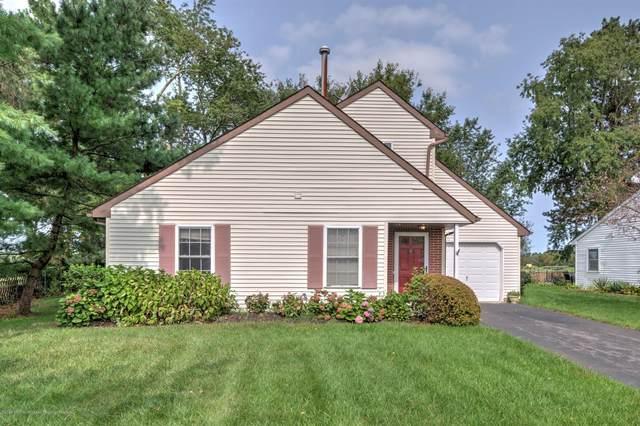 13 Datchet Close #1000, Freehold, NJ 07728 (MLS #22033301) :: The Dekanski Home Selling Team