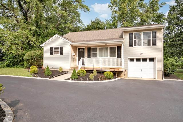 131 Cherry Tree Farm Road, Middletown, NJ 07748 (MLS #22033317) :: The Dekanski Home Selling Team