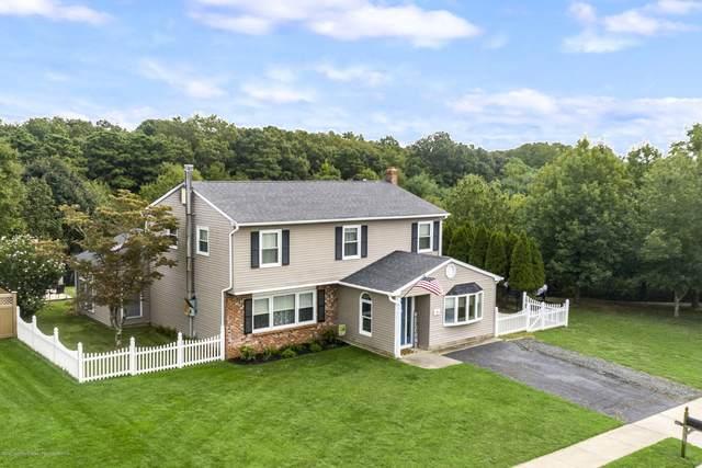 45 Lorelei Drive, Howell, NJ 07731 (MLS #22033475) :: The MEEHAN Group of RE/MAX New Beginnings Realty