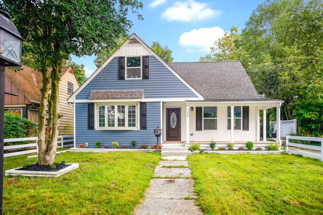 326 E Red Bank Avenue, Deptford, NJ 08096 (MLS #22033534) :: The MEEHAN Group of RE/MAX New Beginnings Realty