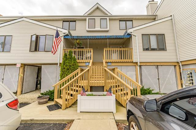 9 W Playhouse Drive #18, Little Egg Harbor, NJ 08087 (MLS #22033593) :: The MEEHAN Group of RE/MAX New Beginnings Realty