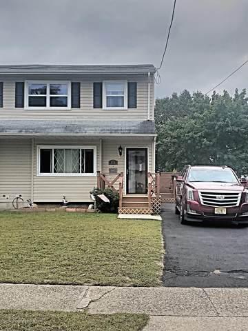 714 Cedar Street, Lakehurst, NJ 08733 (MLS #22033622) :: The MEEHAN Group of RE/MAX New Beginnings Realty