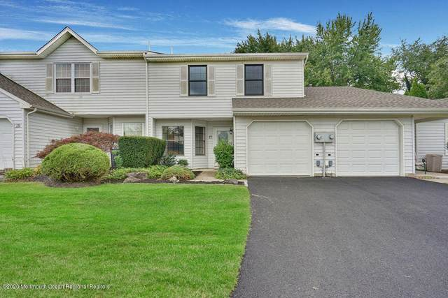 17 Mainsail Square, Freehold, NJ 07728 (MLS #22033657) :: The CG Group   RE/MAX Real Estate, LTD