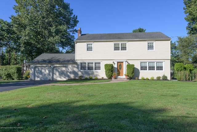 7 Heather Hill Way, Holmdel, NJ 07733 (MLS #22033792) :: Laurie Savino Realtor