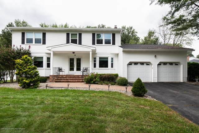 4 Meadow Court, Manalapan, NJ 07726 (MLS #22033834) :: Laurie Savino Realtor