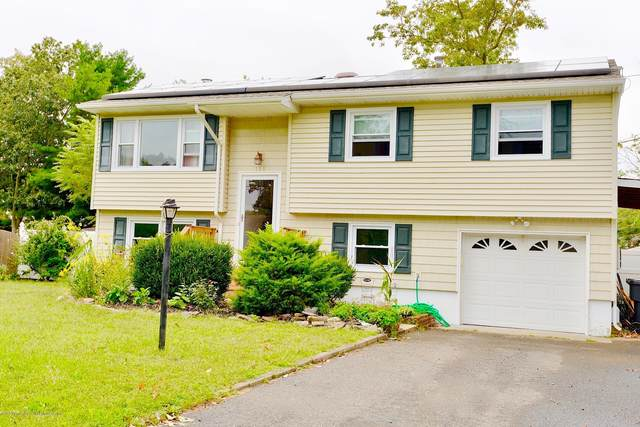 136 Leaf Lane, Toms River, NJ 08753 (#22033871) :: Daunno Realty Services, LLC