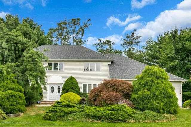 38 Knob Hill Road, Morganville, NJ 07751 (MLS #22033905) :: William Hagan Group