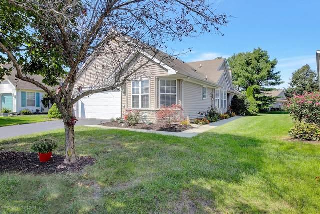 22 Pine Hollow Lane, Lakewood, NJ 08701 (MLS #22034012) :: The Dekanski Home Selling Team