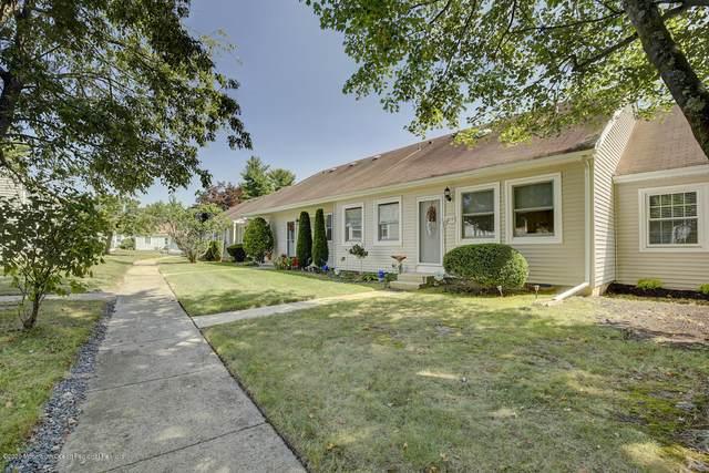 110 Henley Court D, Freehold, NJ 07728 (MLS #22034120) :: The Dekanski Home Selling Team