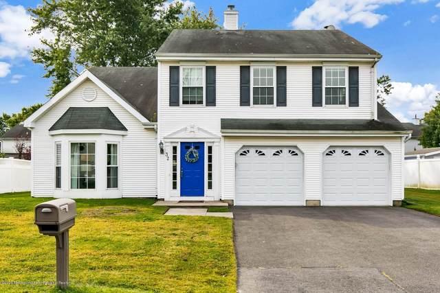 32 Augusta Street, Tinton Falls, NJ 07712 (MLS #22034205) :: Provident Legacy Real Estate Services, LLC