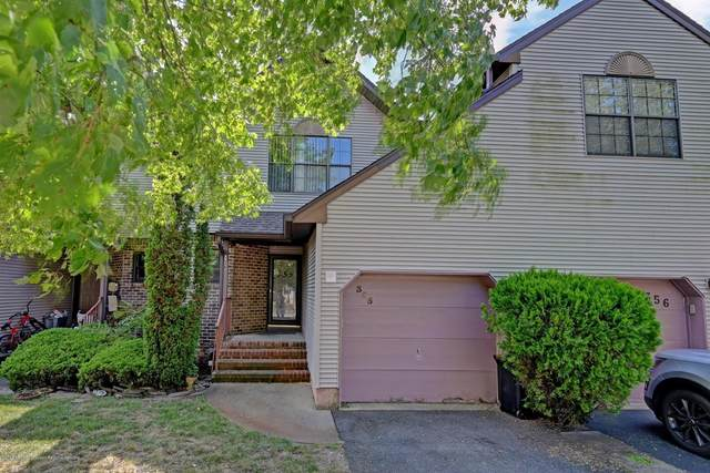 355 Oak Knoll Drive 35-5, Manalapan, NJ 07726 (MLS #22034292) :: Kiliszek Real Estate Experts