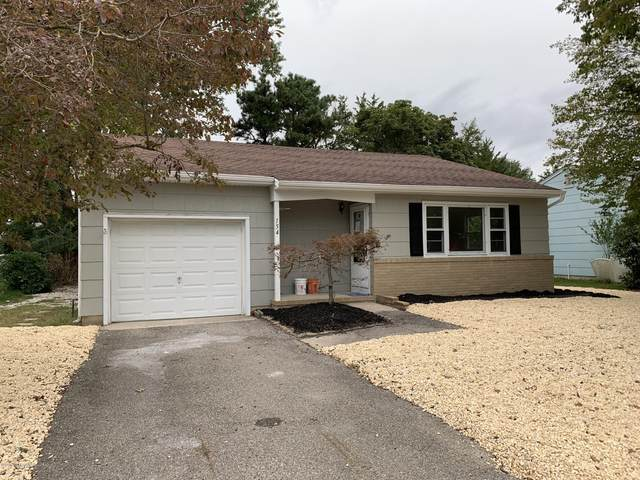 154 Westbrook Drive, Toms River, NJ 08757 (MLS #22034395) :: The Streetlight Team at Formula Realty