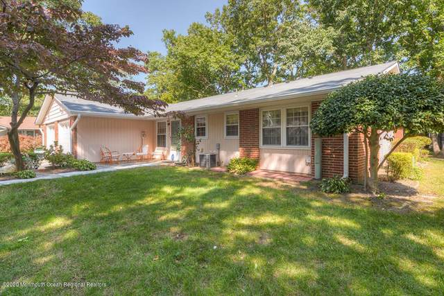 592A Lake Point Drive #1001, Lakewood, NJ 08701 (MLS #22034411) :: The CG Group   RE/MAX Real Estate, LTD