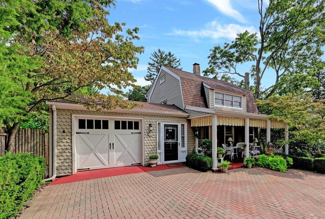 64 Avenue D, Atlantic Highlands, NJ 07716 (MLS #22034431) :: William Hagan Group