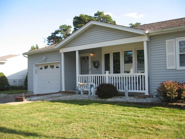 53 Whitmore Drive, Toms River, NJ 08757 (MLS #22034707) :: Provident Legacy Real Estate Services, LLC