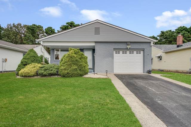 39 Doral Drive, Toms River, NJ 08757 (MLS #22034826) :: The CG Group | RE/MAX Real Estate, LTD