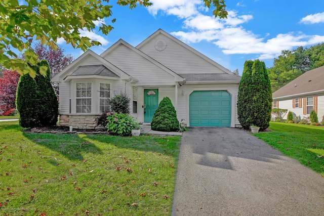 22 Round Valley Court, Lakewood, NJ 08701 (MLS #22035047) :: The Dekanski Home Selling Team