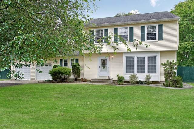 20 Red Cedar Run, Jackson, NJ 08527 (MLS #22035111) :: The Dekanski Home Selling Team