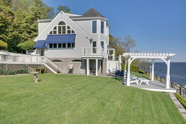82 Bayside Drive, Atlantic Highlands, NJ 07716 (MLS #22035230) :: William Hagan Group