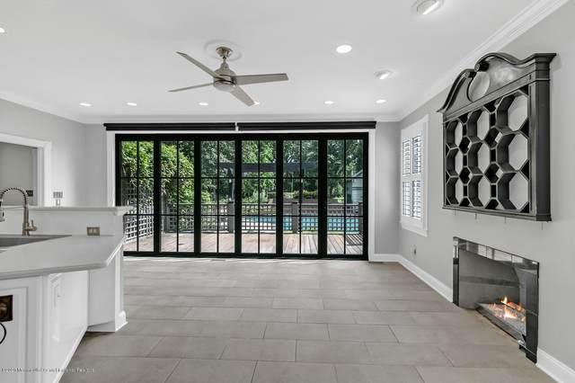 360 Sycamore Avenue, Shrewsbury Boro, NJ 07702 (MLS #22035236) :: William Hagan Group