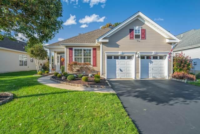 8 Pond View Circle, Barnegat, NJ 08005 (MLS #22035353) :: The Sikora Group