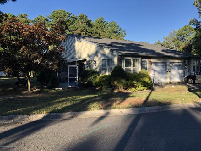 13A Maplewood Drive #52, Whiting, NJ 08759 (MLS #22035554) :: The Sikora Group