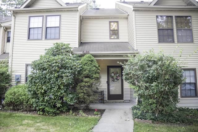 91 Whispering Oaks Way, Jackson, NJ 08527 (MLS #22035620) :: Kiliszek Real Estate Experts