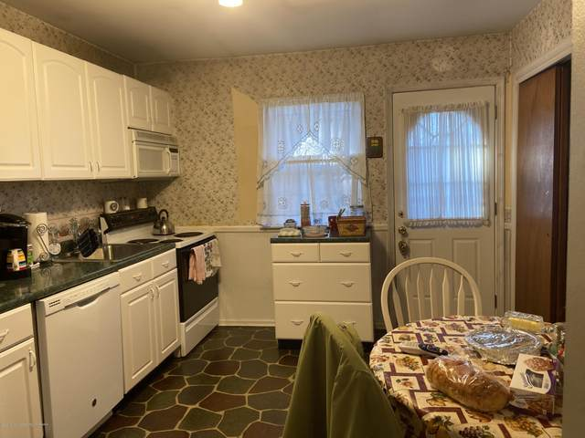 49 River Edge Drive #33, Brick, NJ 08724 (MLS #22035890) :: The Streetlight Team at Formula Realty