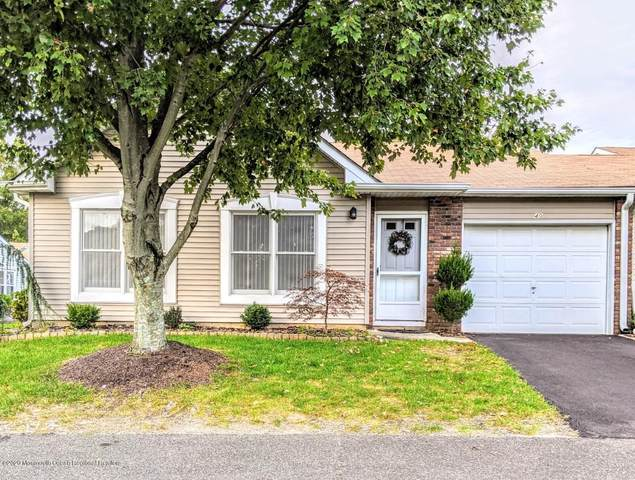 40 Buttonwood Court #1000, Lakewood, NJ 08701 (MLS #22035932) :: The CG Group | RE/MAX Real Estate, LTD