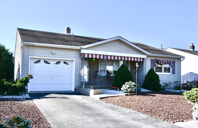 9 Thornton Road, Toms River, NJ 08757 (MLS #22036099) :: The Sikora Group