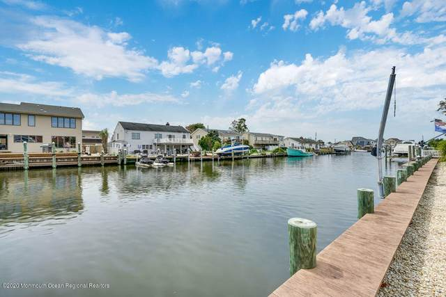 27 Bahama Avenue, Toms River, NJ 08753 (MLS #22036281) :: The Sikora Group