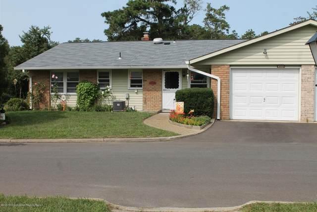 102D Cambridge Circle, Manchester, NJ 08759 (MLS #22036300) :: Provident Legacy Real Estate Services, LLC