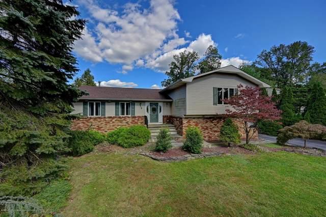 2 Merion Drive, Manalapan, NJ 07726 (MLS #22036523) :: Provident Legacy Real Estate Services, LLC